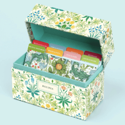 Floral Recipe box - Christmas gift ideas for mothers.